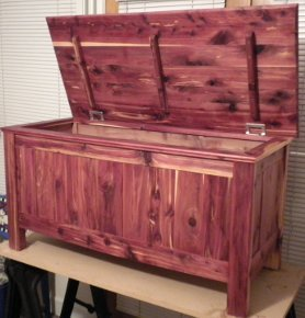 The finished Cedar Hope Chest.